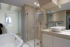 faire sa douche l italienne avec un artisan plombier urgence plombier paris. Black Bedroom Furniture Sets. Home Design Ideas