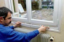 pose d'une fenêtre en PVC