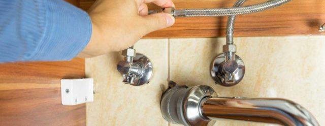 réparer un souci en plomberie